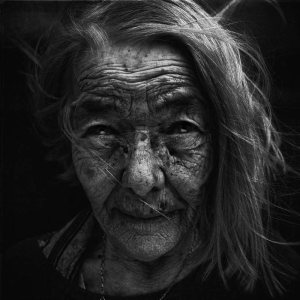 homeless-black-and-white-portraits-lee-jeffries-37