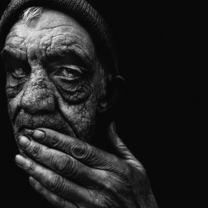 Lee-Jeffries-HomelessPortraits-Enpundit15
